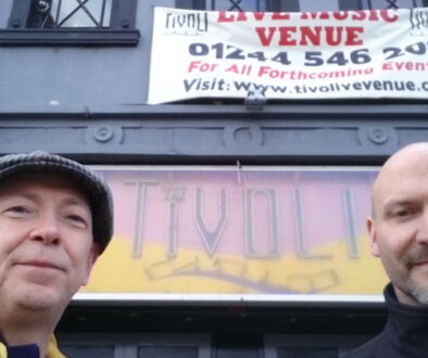 Gareth-Jones-&-Neil-Crud-(Music-Historian)-Rockin'-The-Gogs-Ep2-The-Buckley-Tivoli